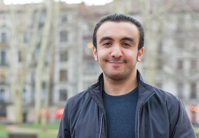"""Mohamed El Ftouh: """"Ez dut neure burua sukaldari ez den beste lanbide batean ikusten"""""""