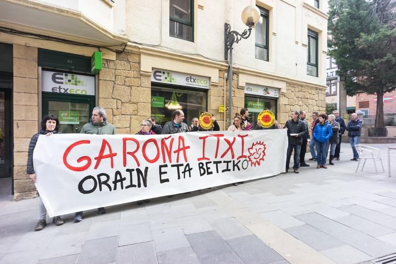 """Garoña """"behin betiko"""" ixtea eskatzeko elkarretaratzeak egingo dituzte gaur"""