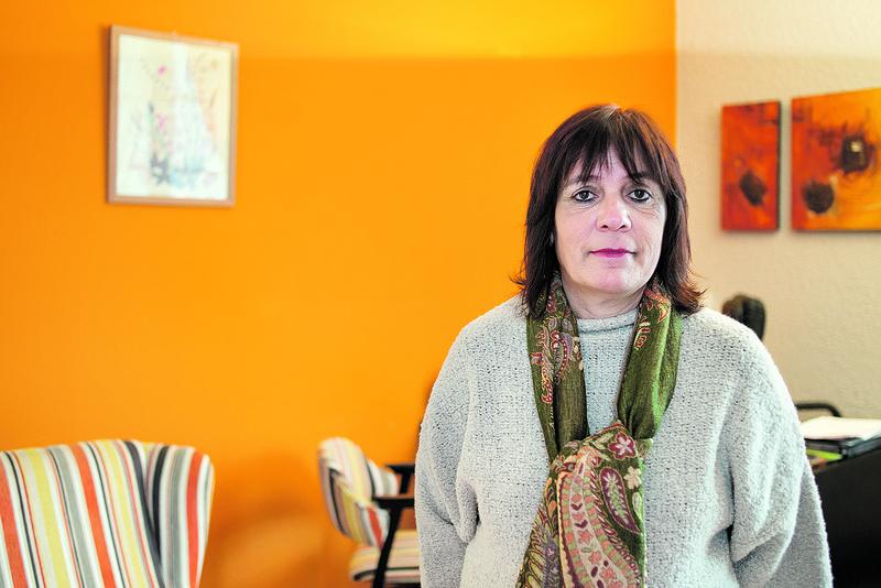 """Olatz Barrenetxea Larrondo: """"Nortasuna suntsitzea du helburu torturak"""""""