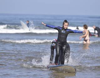 Irailaren 29an egingo dute surf inklusibo jaialdia Barinatxen