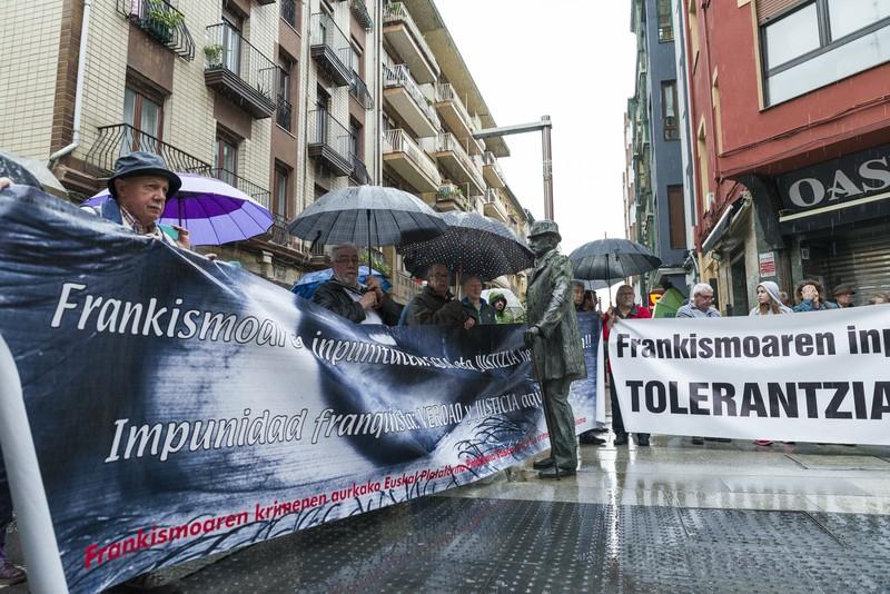Plentziak ere Frankismoaren aurkako kereila ipiniko du Argentinan