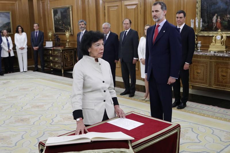 Isabel Celaák hitzeman du Hezkuntza eta Lanbide Heziketako ministro ardura
