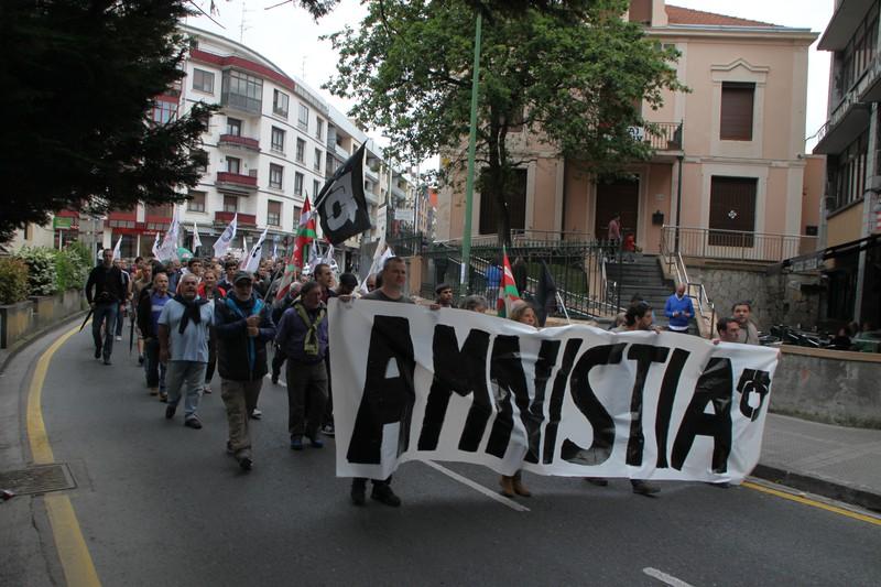 Amnistiaren aldeko bertso-bazkaria antolatu dute Berangon
