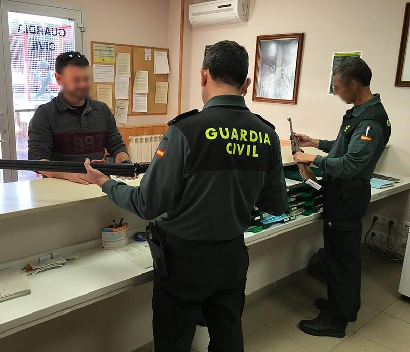 Armen gaietarako aurretiko hitzordua ezarri du Algortako Guardia Zibilak