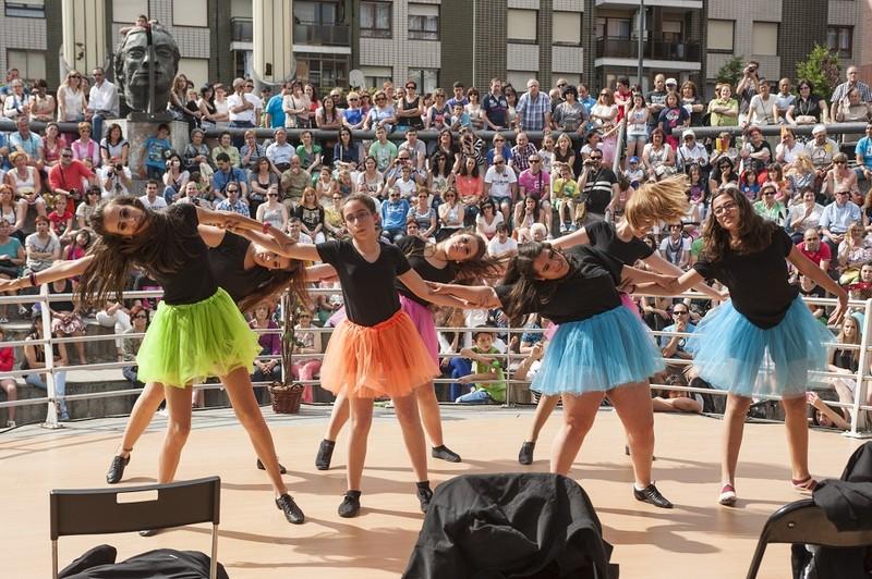 Dance GM elkarteak zenbait jarduera egingo du egunotan
