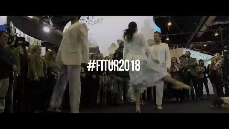 Berriro ere dantza tradizionalari tokia murriztuz