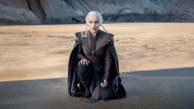 """Barrikan ibilbide turistikoa sortzea aztertuko dute, """"Game of Thrones"""" baliatuta"""