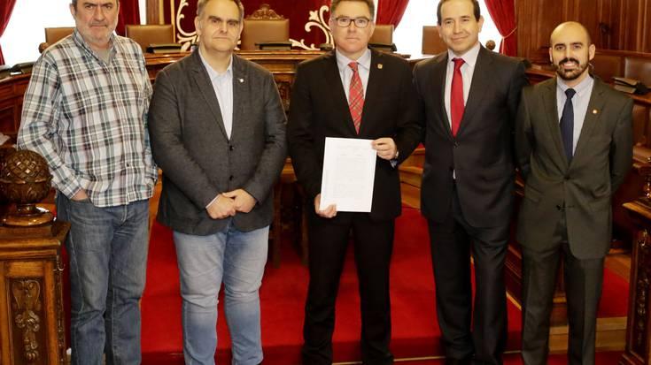 Udal Araudi Organikoa aldatzeko akordioa egin du Udal Gobernuak PP eta Ciudadanosegaz