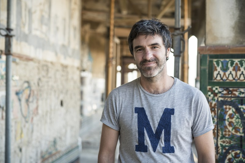 """Markel Redondo Larrea: """"Neurrigabeko urbanismoa erretratatzea izan da helburua"""""""