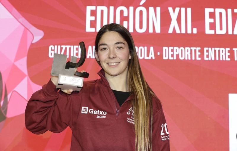 Garazi Sanchez surflariak jaso du Getxoko kirolari onenaren saria