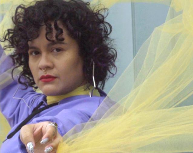 Rap ikastaro online batean parte hartu ahal izango dute Leioako bost emakumek