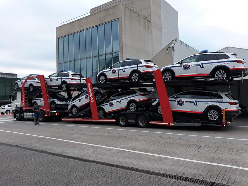 Ertzaintzaren 150 patruila-auto berriak hasi dira Erandiora heltzen