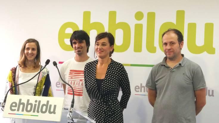 Espainiako Vueltaren etapa Euskal Herrian egingo dela erakutsi gura du EH Bilduk