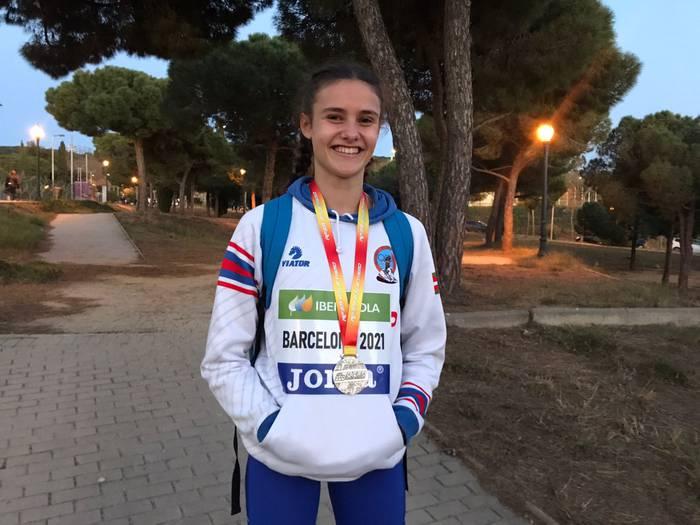 Adriana Abaituak zilarrezko domina lortu du Espainiako Atletismo Txapelketan
