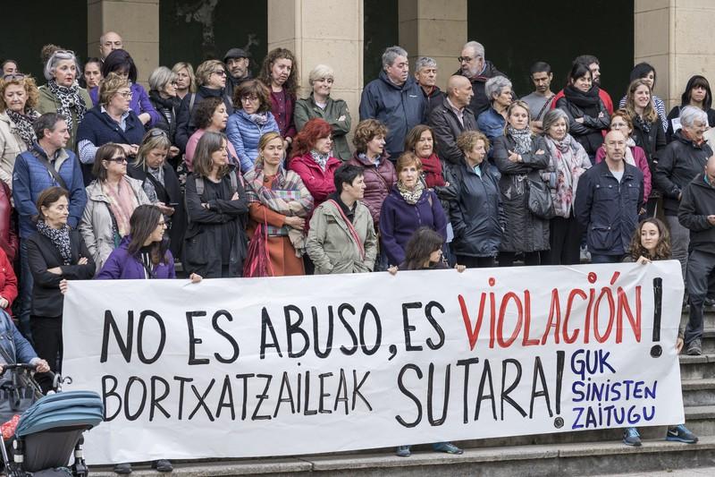 [ARGAZKI-GALERIA] Bortxaketa izan zela berretsiko dute gaur berriro ere Uribe Kostan