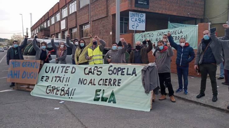 """United Caps-en Sopelako langileek manifestazioa egingo dute gaur, """"Euskadin geratzea"""" eskatzeko"""