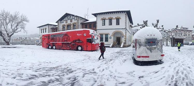 Bizkaia Goazen autobusa bisita daiteke Plentzian