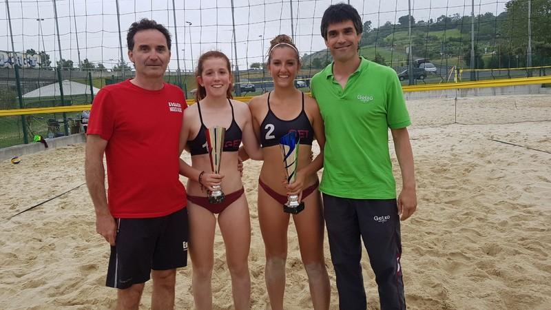 Maider Santxok eta Katalin Garciak euskal boleibol-selekzioagaz jardungo dute Afrikan