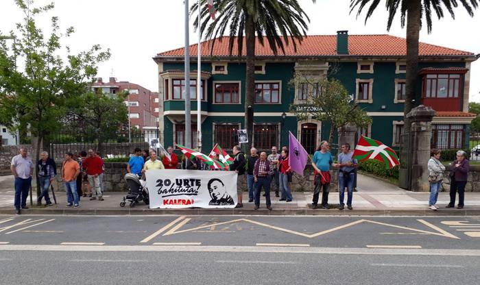 Iñaki Bilbao preso urduliztarra askatzea eskatu dute