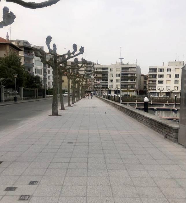 Gallardo portuaren ondoko espaloiko lanak bukatu dituzte