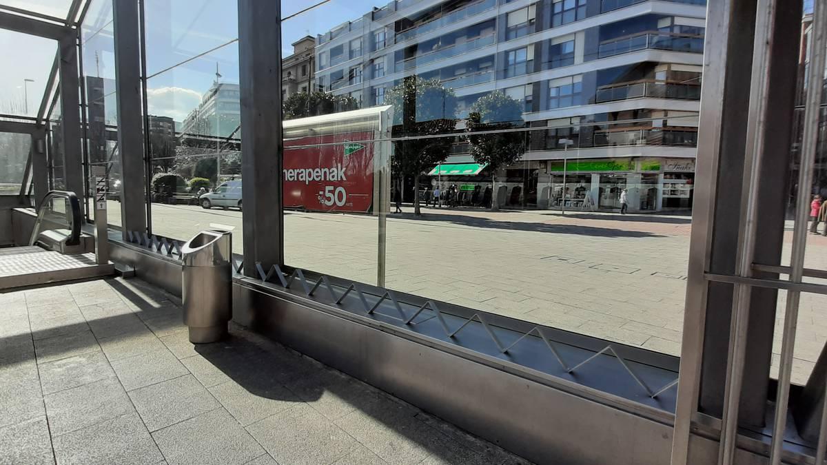Zer pentsatzen dute herritarrek Algortako metro-geltokiko heziez berriez?
