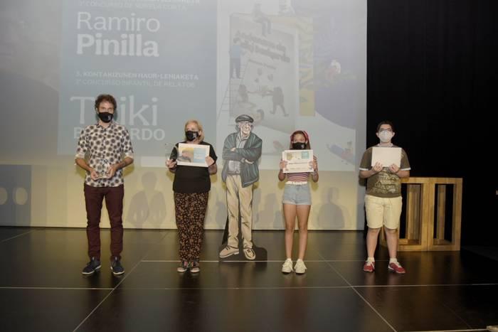 """Ascensión Badiola eta Mikel Ayllon dira """"Ramiro Pinilla"""" eleberri laburren hirugarren edizioko irabazleak"""