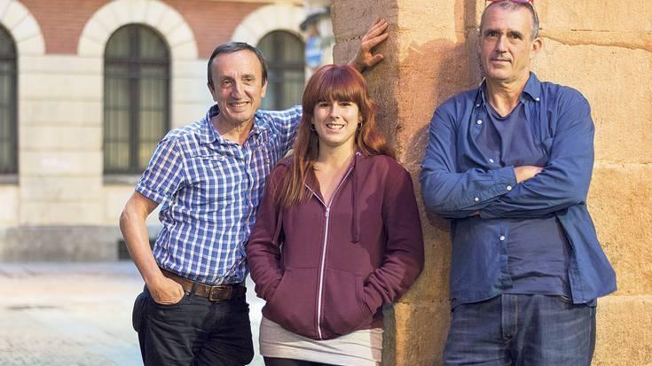 """Mikel Martinez, Maria Arriaga eta Patxo Telleria (""""Ez dok hiru!"""" antzezlana): """"Euskaldunak izateaz harrituko eta harrotuko dira ikusleak"""""""
