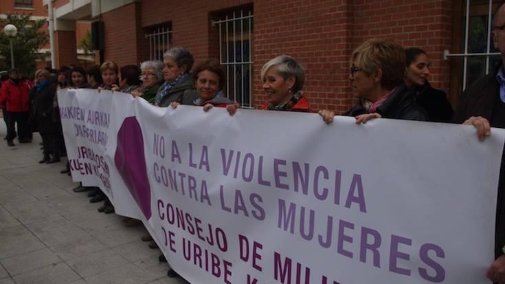 Uribe Kostako Emakumeen Kontseiluak ere deitu du mobilizaziora