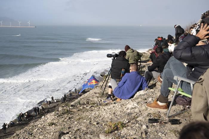 Olatu handien surfaren nazioarteko lehenengo foroa egingo dute Getxon