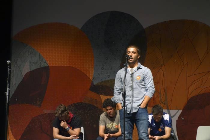 Imanol Uriak irabazi du Bizkaiko Bertsolari Txapelketako lehenengo kanporaketa