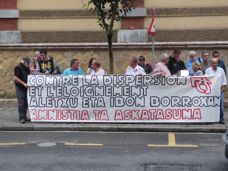 Aletxu Zobaran Gorlizko presoaren ziegari su eman diote