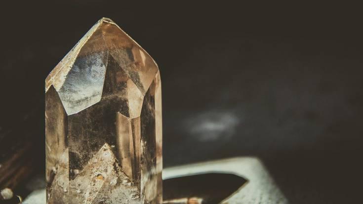Askotariko mineralak ikusgai egon ziren domekan Plentzian