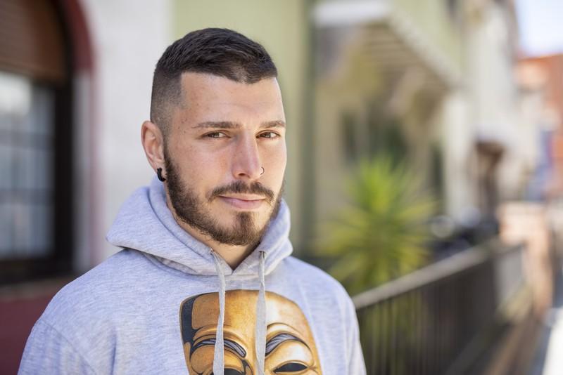 """Ibon Larrinaga: """"eskertzen dut hanka apurtu izana, boxeoa ezagutu nuen eta"""""""