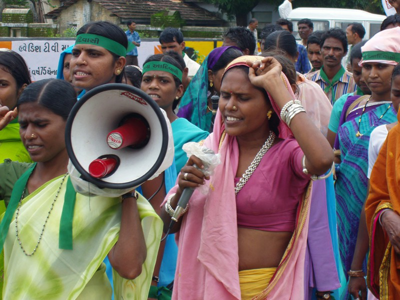 Indiako emakumeen errealitate handiagotua, Astrabuduan ikusgai