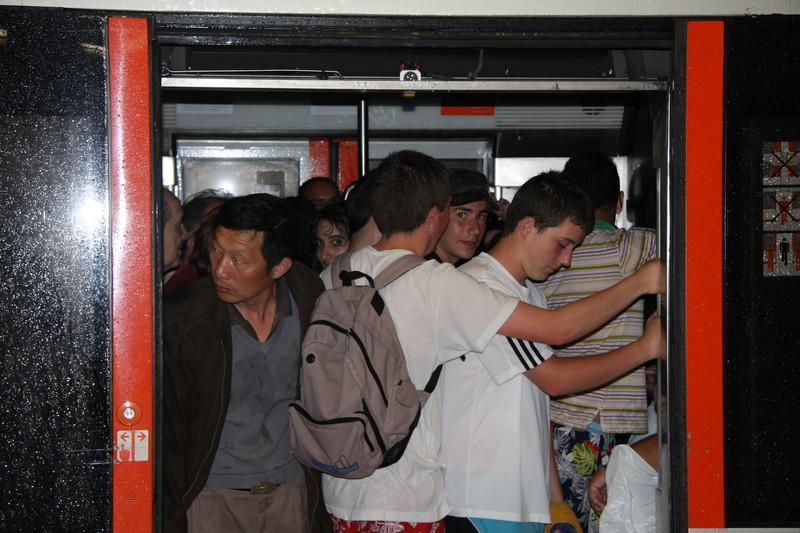 Metro Bilbaok zerbitzu berezia ezarriko du zapatuan Larrabasterrako Karmengo jaiengatik