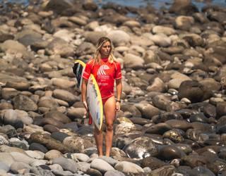 """Leticia Canales: """"Orain, surflarioi atleta bezala  ikusten gaituzte"""""""