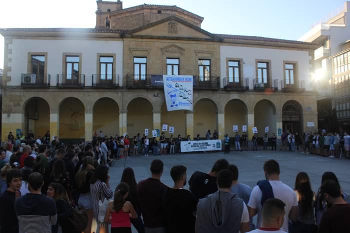 Altsasuko gazteen aldeko mobilizazioak iragarri dituzte Uribe Kostan