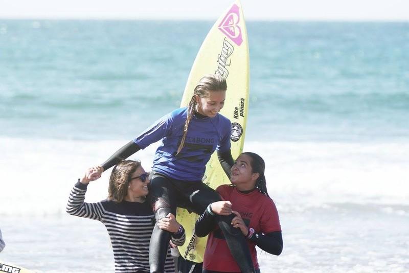 Urresti eta Garai surflariek irabazi dute Barinatxen